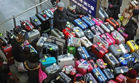 Luggage-at-St-Pancras-007